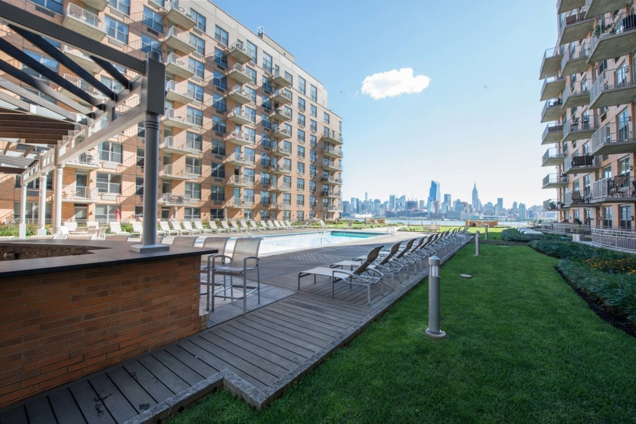 Sovereign At The Shipyard Hoboken Luxury Apartments For